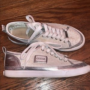 Guess white & silver sneaker shoes size 8
